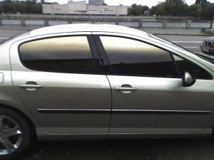 затонировать стекла автомобиля